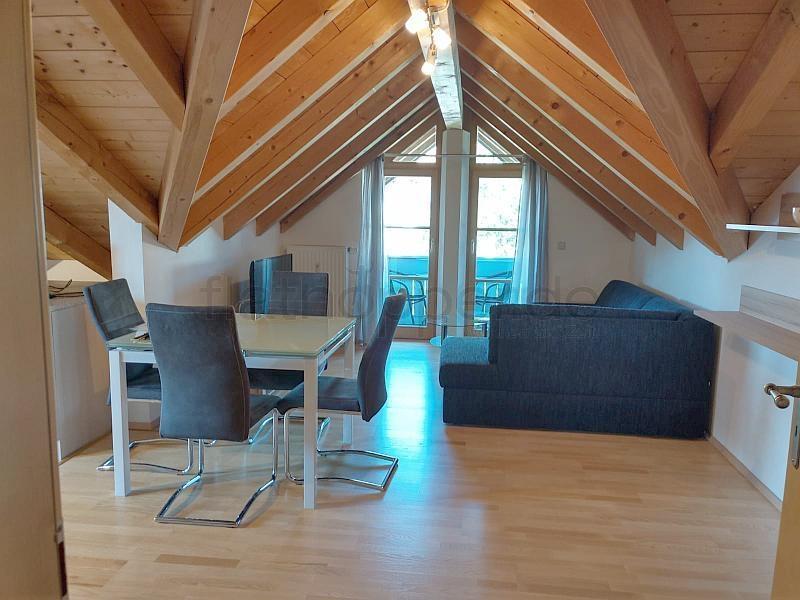 3-Zimmer-Wohnung im Dachgeschoss mit 2 Balkonen in Rosenheim - Obing