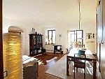 Exklusive 4-Zimmer-Altbauwohnung mit traumhaften Bergblick in Traunstein