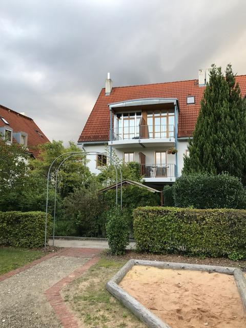 exklusive 2 zimmer masionette wohnung mit balkon in dachau nr 110429. Black Bedroom Furniture Sets. Home Design Ideas