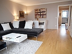 Premium!  3-Zimmer-Wohnung mit Balkon und Parkplatz in München - Bogenhausen