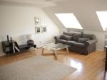 Hochwertig eingerichtete 2-Zimmer Dachgeschoss-Wohnung in München - Schwabing-West