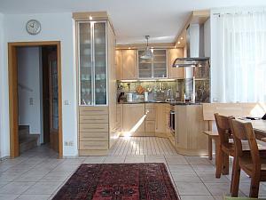 wohnen auf zeit m nchen nr 93372. Black Bedroom Furniture Sets. Home Design Ideas