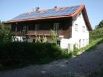 Idyllisch gelegene Wohnung mit 2 Balkonen und Gartennutzung in Berg am Starnberger See